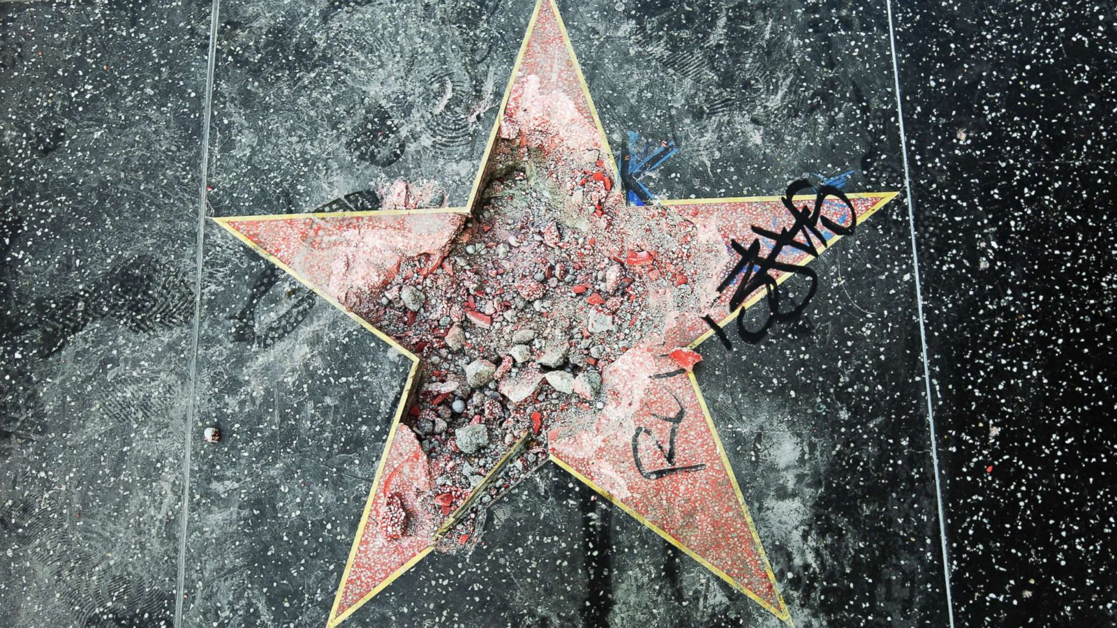 Man Who Destroyed Donald Trump's Star Got Bailed Out by the First Person to Smash It