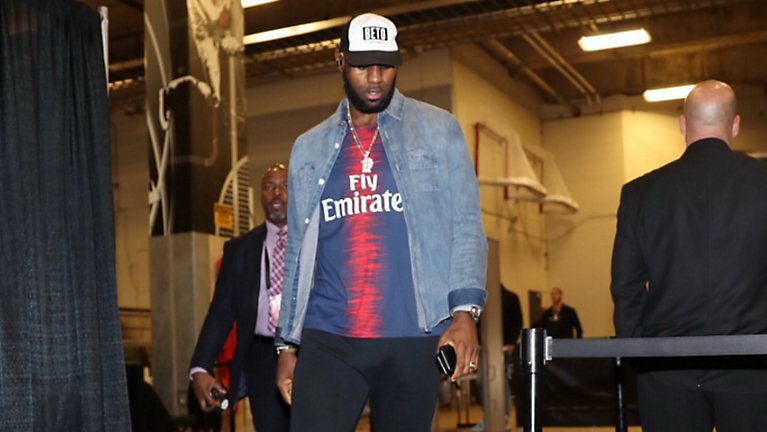 LeBron James Double Down Support For Beto O'Rourke While in San Antonio