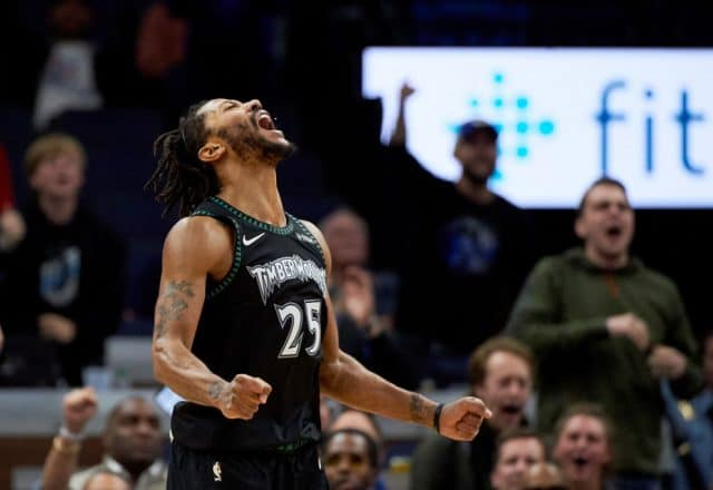 Derrick Rose Erupts For a Career High 50 Points in Timerwolves Win