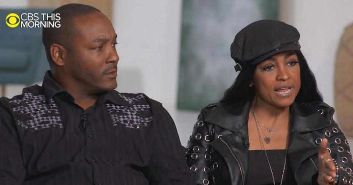 R. Kelly's Girlfriend's Parents Admit to Failing Their Daughter