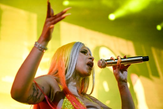 Cardi B Defends Female Rappers Using Ghostwriters Amid 'Act Up' Controversy