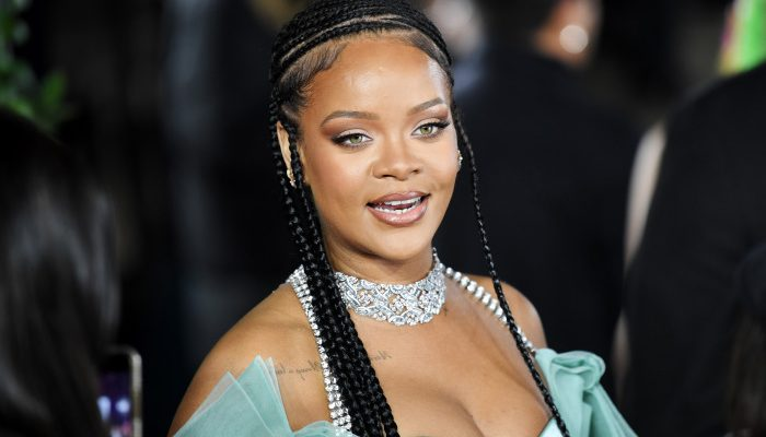 Fans Speculate That Rihanna's Album is Dropping This Friday